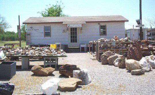 Lee's Rock Shop